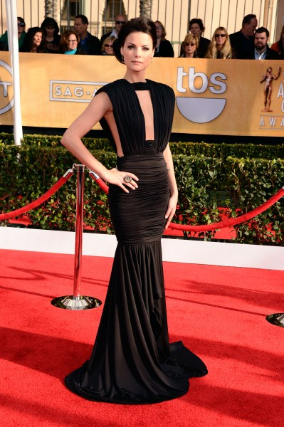 Jaimie Alexander_SAG_Awards_Red_Carpet (399 x 600)