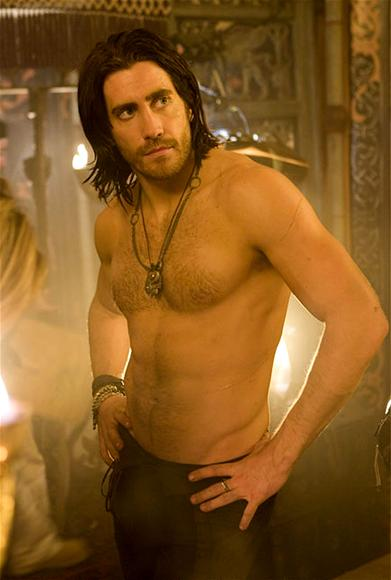Jake Gyllenhaal Has No Problem Getting Naked