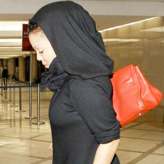 Janet Jackson Suffers Mental Illness Relapse and OCD Breakdown