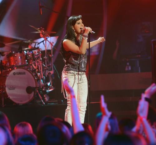 "Jena Irene American Idol ""We Are One"" Video 5/20/14 #IdolFinale"