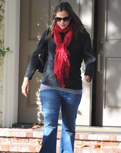 When Is Jennifer Garner Going To Pop??
