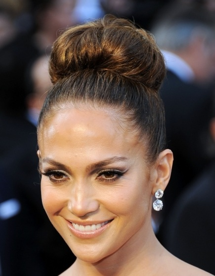 Jennifer Lopez is becoming a Lesbian!