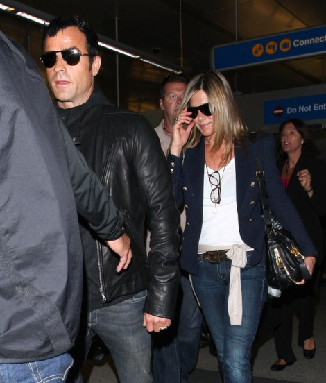 Jennifer Aniston Planning Boozy, Over The Top Three Day Wedding - Too Cute Or Too Much? 1017