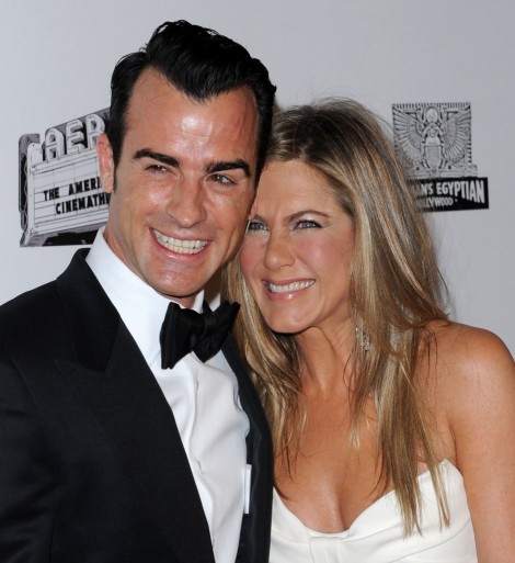 Jennifer Aniston Spoiling Justin Theroux, Turning Him Into A Snob (Photos) 1116