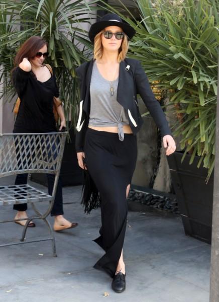 Jennifer Lawrence And Nicholas Hoult Back Together, Will Bradley Cooper Freak Out? 0430