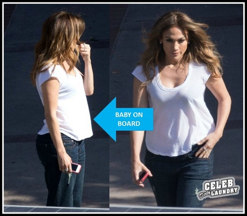 Jennifer Lopez PREGNANT: Baby Bump Photo HERE!!