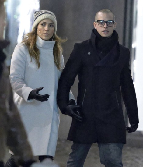 Jennifer Lopez Pregnant, Baby Bump Finally Showing! (Photos) 1130