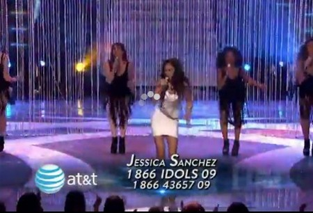 America Idol Jessica Sanchez Releases Her 'Inner Cheetah' and FAILS miserably (VIDEO)