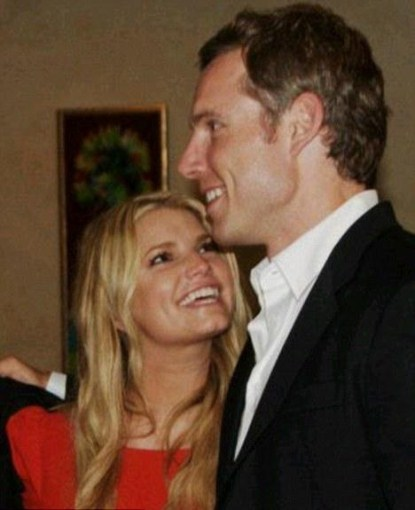 Jessica Simpson Is Engaged!