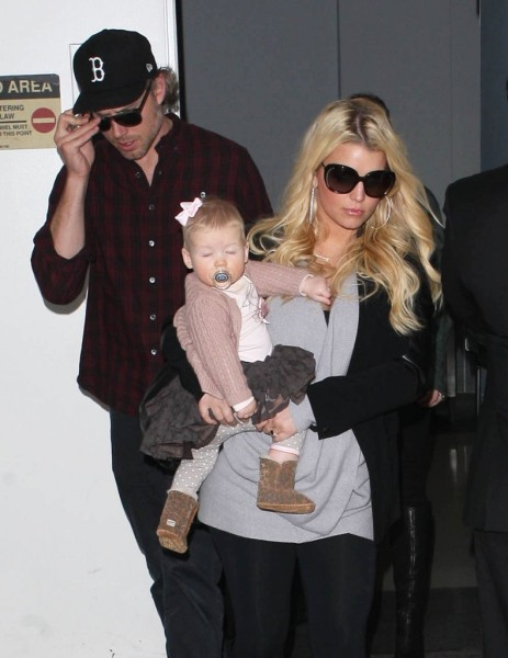 Jessica Simpson's Morning Sickness Is Real Reason For Weight Watchers Weight Loss! 1207
