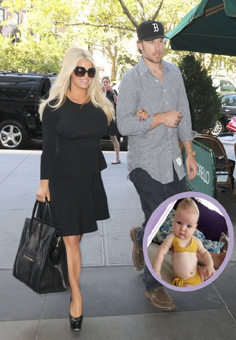 Jessica Simpson Pimps Out Her Daughter Maxwell Drew