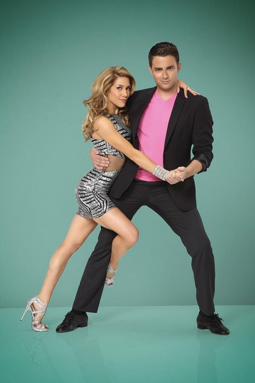 Dancing with the Stars Julianne Hough Outs Jonathan Bennett as Gay on TV: DWTS 19 Judge Should Be Fired?