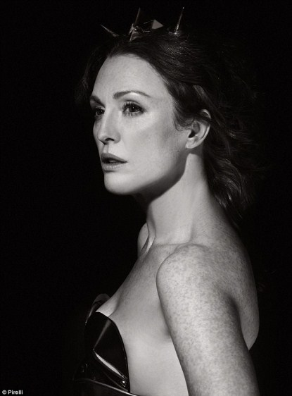 Julianne Moore Is Fabulous At 50 Posing For New Pirelli Calendar