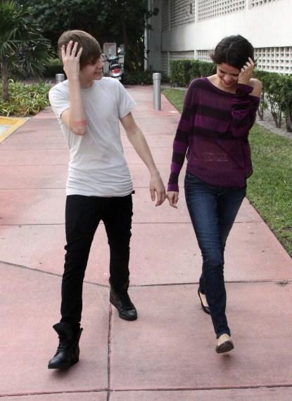Justin Bieber and Selena Gomez on a Date In Miami