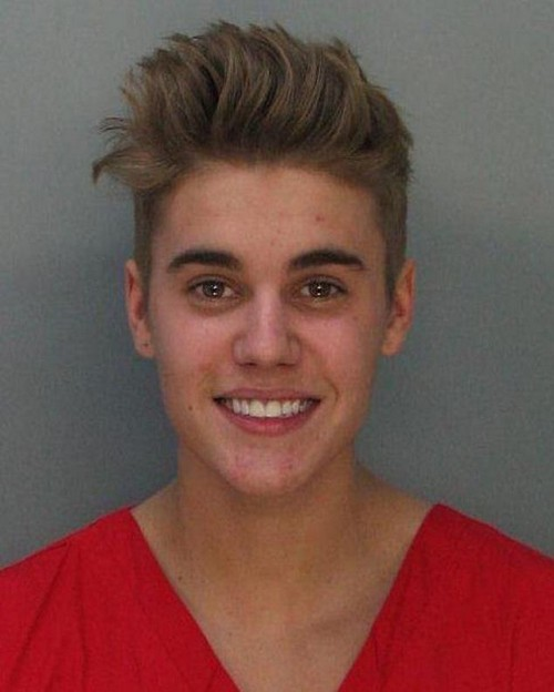 Justin Bieber Mug Shot Released: Smiling and Happy Finally Has Street Cred (PHOTO)