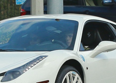 Justin Bieber Stringing Selena Gomez Along - One More Overnight Sex Date (Photos) 1204