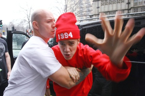 Justin Bieber Involved In Border Drug Bust - Marijuana Found on His Tour Bus