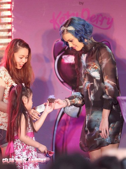 KAty-Perry-Manilla-Meet-and-great6