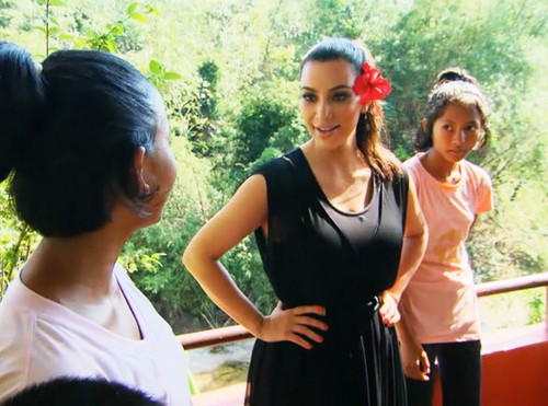"Keeping Up With The Kardashians Detailed Live Recap: Season 9 Episode 17 ""A Thailand Vacation Part 3"""