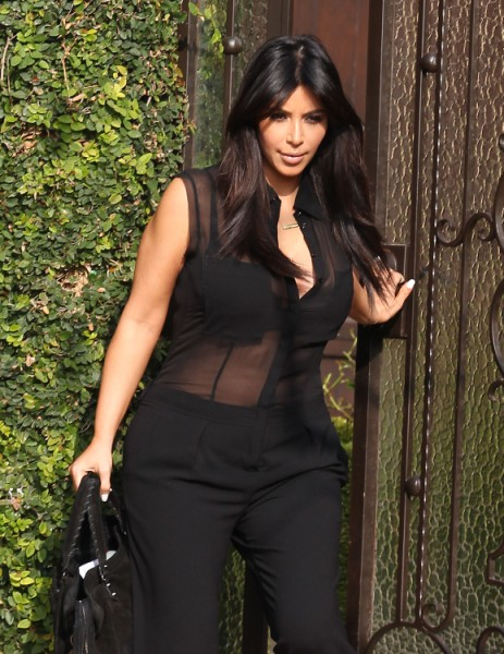 Kim Kardashian Blacklisted By Top Designers, They Don't Want Her Wearing Their Clothes! 0214