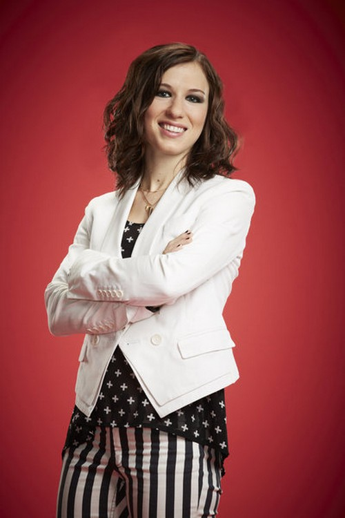 """Kat Robichaud The Voice Top 20 """"She Keeps Me Warm"""" Video 11/5/13 #TheVoice"""