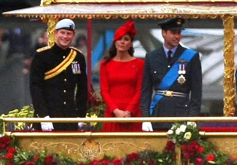 Kate Middleton, Prince William 2.0? Prince Harry Caught Kissing Girlfriend On Ski Slopes 0221