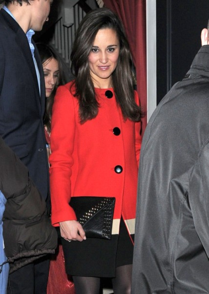 Pippa Middleton Trapped By Royals, Hates Kate Middleton Dictating Her Life, Wants Out! 0121