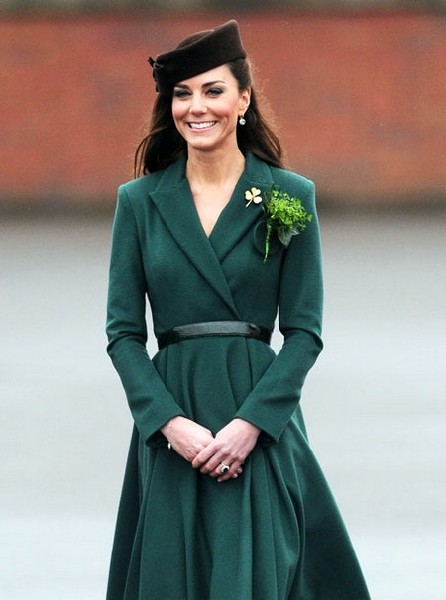 Kate Middleton Recycles Same Green Coat For Same Event Two Years In A Row - Lazy Or Cute? 0317