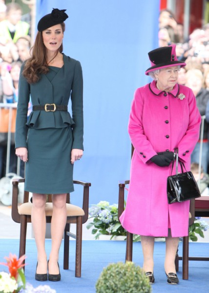 Kate Middleton's Family Royally Shunned, Won't Get Titles After All! 0201