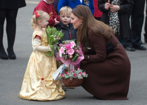 Kate Middleton's Having A Baby Girl! Duchess Of Cambridge Hints At Baby's Gender On Visit 0305