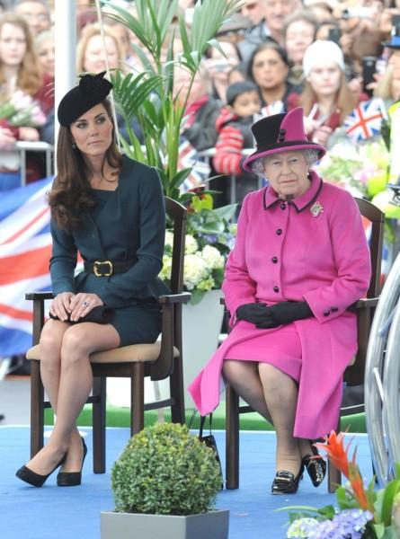 Queen Elizabeth Upset She Was Left Out Of Kate Middleton's Pregnancy News 1204