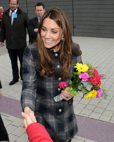 Kate Middleton Beats Prince William at Pregnant Ping Pong – Watch Video!