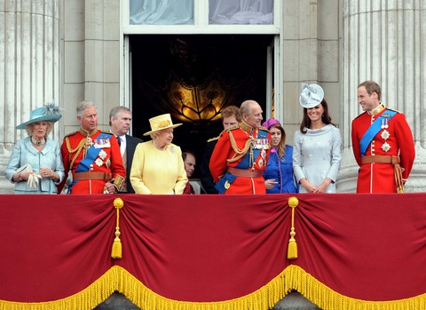 Queen Elizabeth Makes Kate Middleton The Next Queen of England - Camilla Parker-Bowles Suicidal