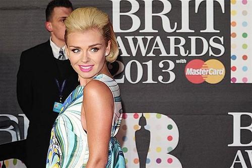 Katherine-Jenkins-BRIT-Awards-2013-red-carpet-arrival