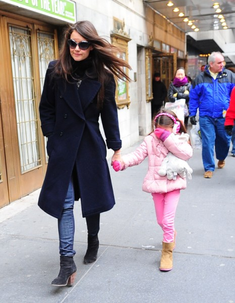 Katie Holmes Admits Valentine's Day Will Be Hard Without Tom Cruise 0203
