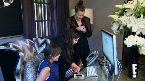 "Keeping Up With the Kardashians Recap 8/18/13: Season 8 Episode 12 ""Kris's Mother-In-Law"""