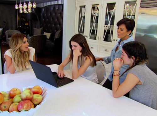 "Keeping Up With The Kardashians Live Recap 2/23/14: Season 9 Episode 6 ""2 Birthdays & A Yard Sale"""
