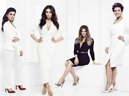 "Keeping Up With The Kardashians LIVE Recap: Season 9 Episode 12 ""Playing Dirty"""