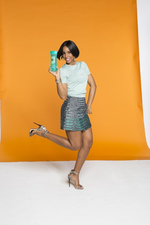 Kelly Rowland Named New Caress Fabulista #CaressMe