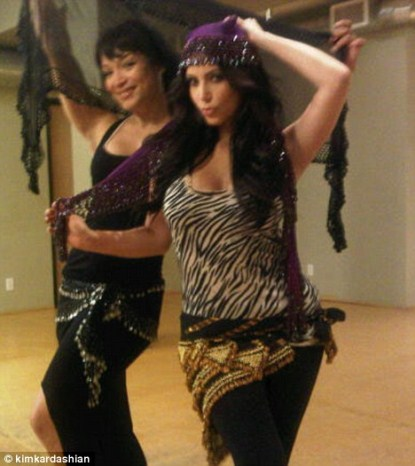 Kim Kardashian Sluts It Up Trying Belly Dancing
