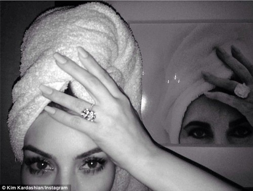 Kim Kardashian is Elizabeth Taylor on Instagram Photo
