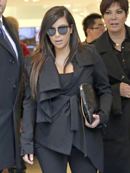 Kim Kardashian And Kris Jenner Selling Photos Behind Kanye West's Back? 0522