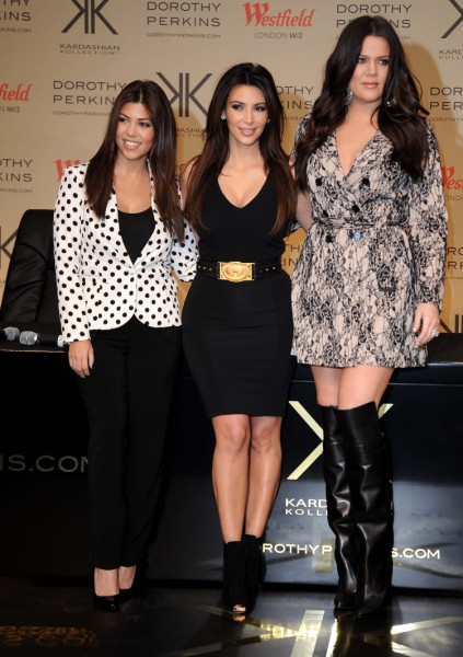 Kourtney, Khloe, and Kim Kardashian Fail In London After Kate Middleton Rejects Clothes 1221