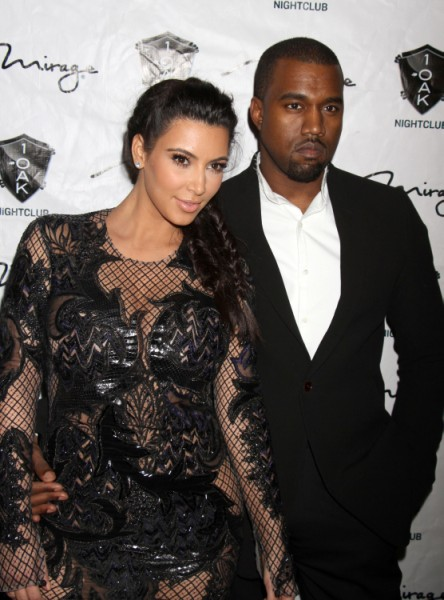 Kim_Kardashian_still_married