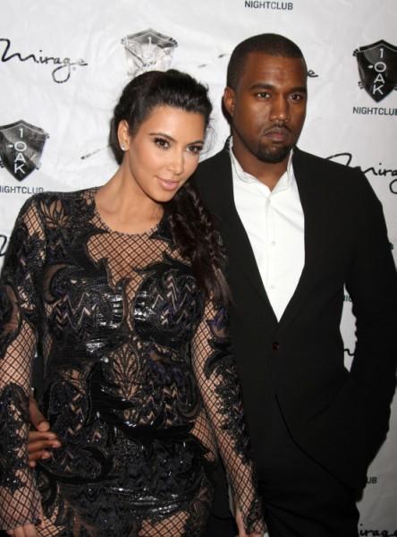 Kim_Kardashian_still_married