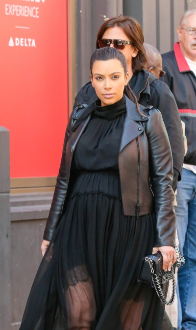 Kim Kardashian, Kanye West Trademarking Baby Name For Clothing Line - Of Course? 0506