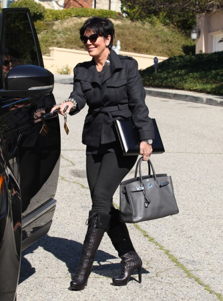 Kim Kardashian Ashamed And Embarrassed Of Pregnant Body? 0214
