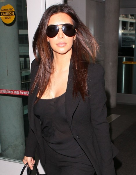 Did Kim Kardashian Give Kris Humphries Herpes? (Photos) 1203