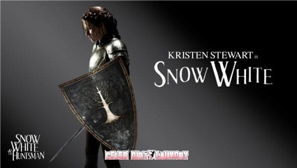 Kristen Stewart, Charlize Theron & Rest Of Cast Snow White Promo Pics