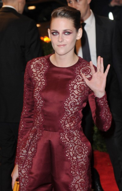 Kristen Stewart, Tom Cruise 'Least Trusted Stars' In Hollywood - Do You Agree? 0509